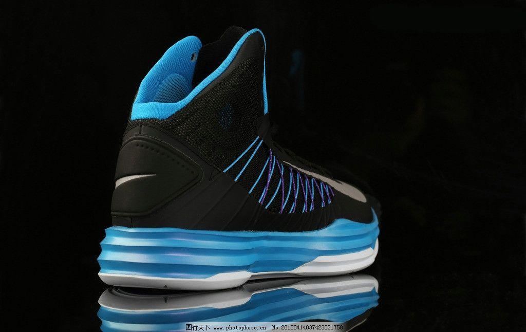 耐克 广告配色 篮球鞋 平面广告 体育用品 生活百科 摄影