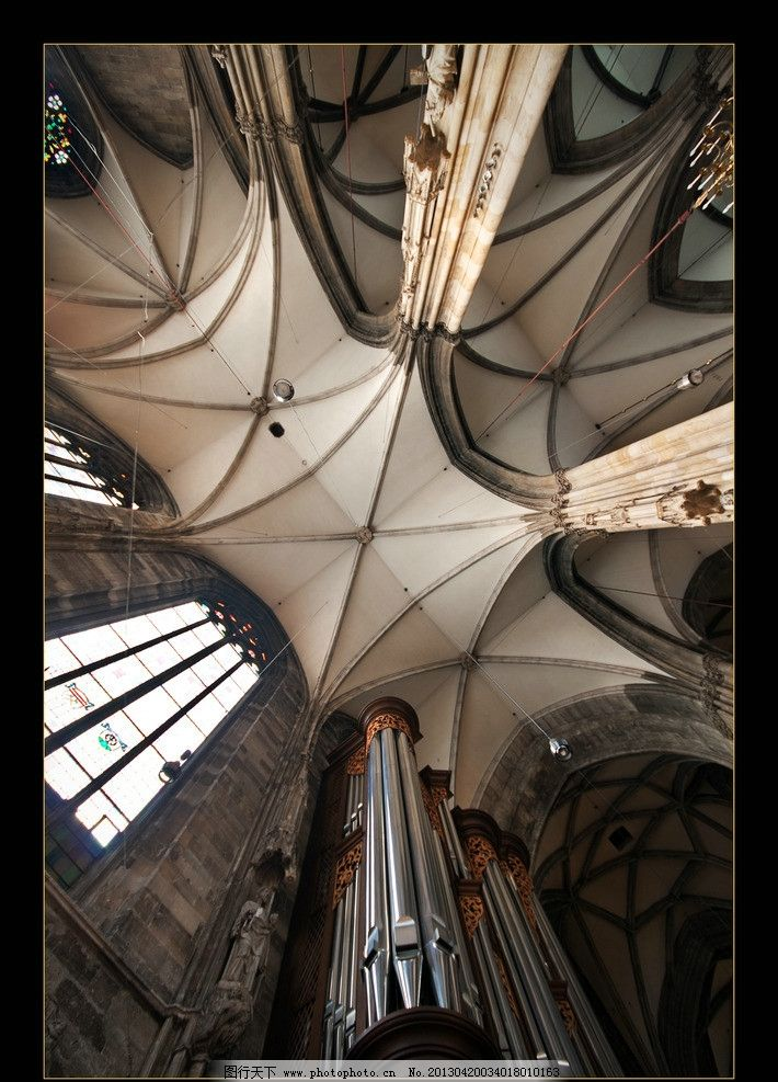 欧式教堂天花吊顶图片