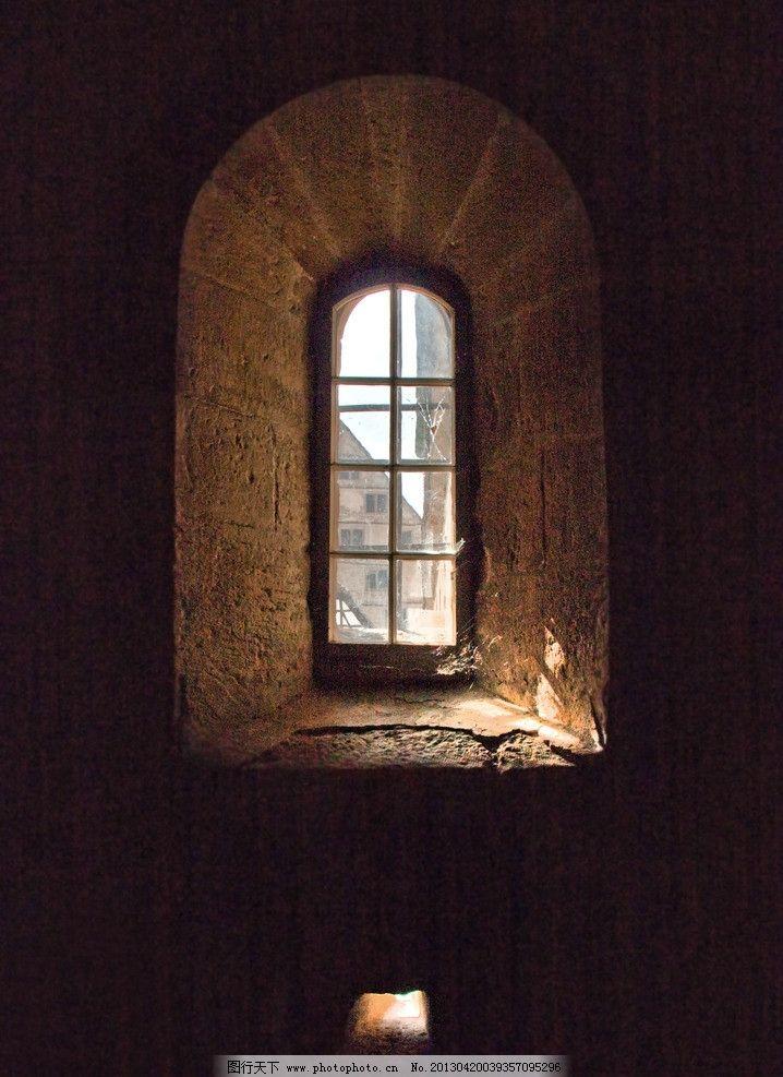 欧式窗户 教堂 天花 吊顶 几何图形 高贵 房地产素材 金色 石头