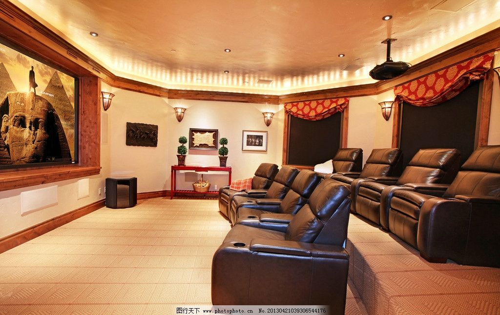 欧式大厅 北欧风格 美式 装修 大厅 真皮沙发      吊顶 书架 木地板