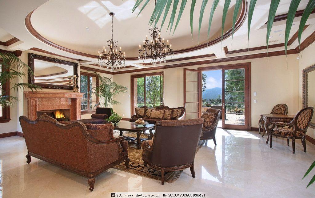 别墅室内实景图 北欧风格 美式 装修 大厅 真皮沙发 绿植 靠垫 吊顶