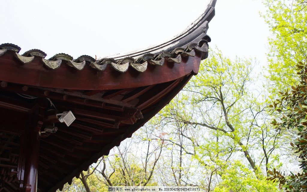 古建筑木结构飞檐图片