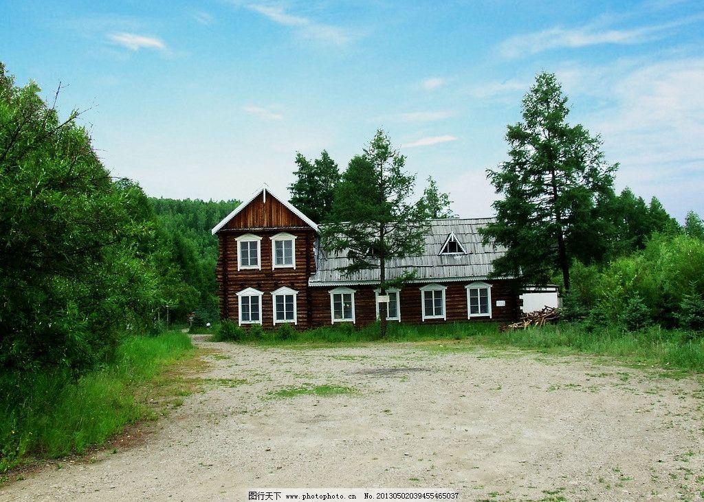 夏日木屋度假村风景图片