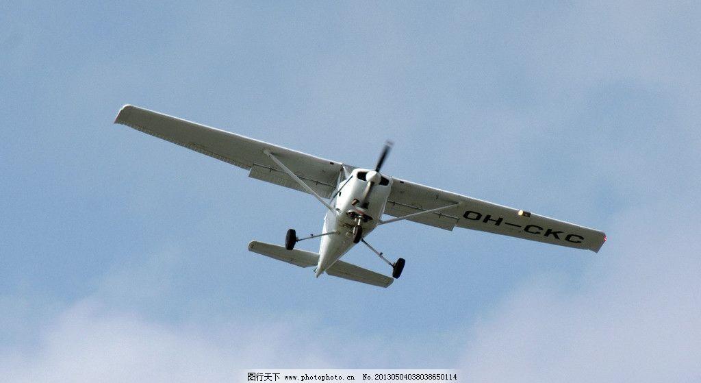 飞机 交通工具 交通 固定翼飞机 螺旋桨飞机 现代科技 摄影 72dpi jpg