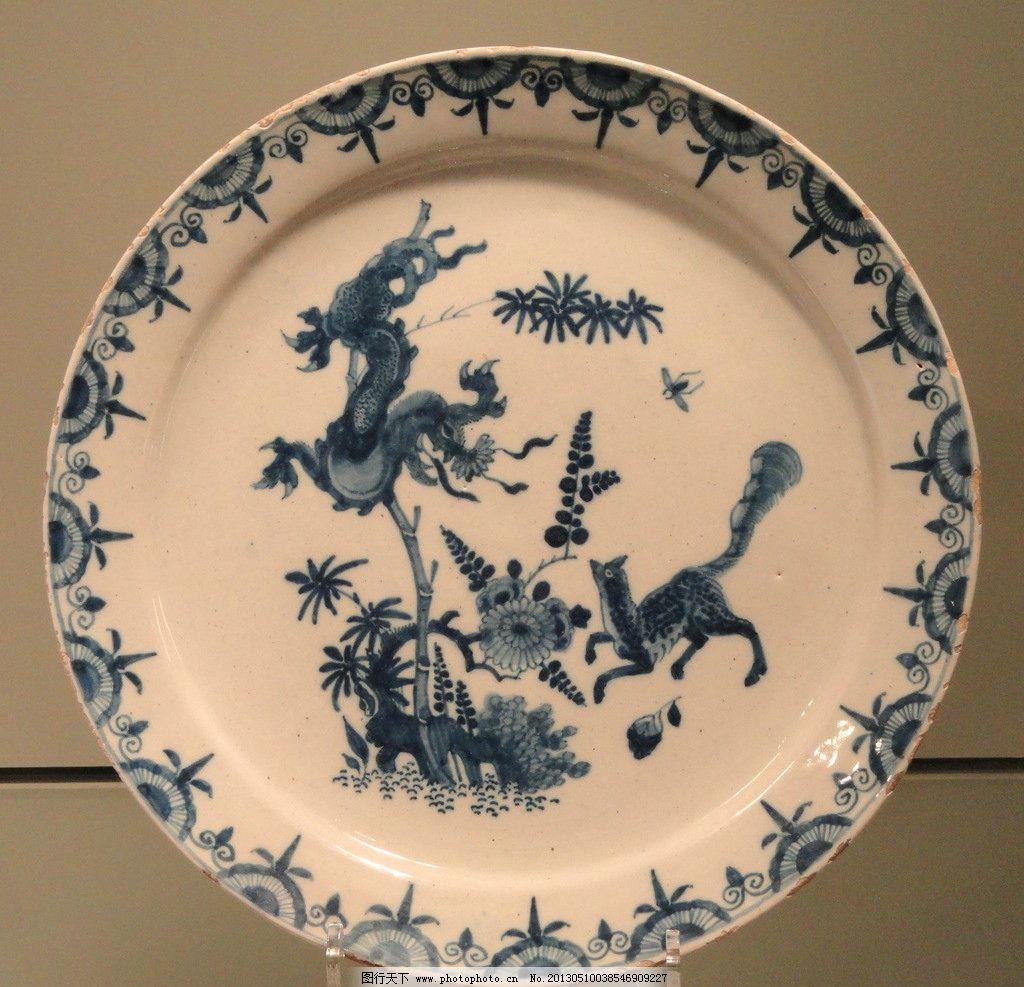 青花瓷 瓷器 陶瓷 彩绘 绘画 工艺品 盘子 碟子 传统文化 文化艺术