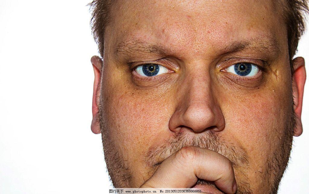 脸部 表情 外国人 中年男子 严肃 神态 人物摄影 人物图集 人物图库图片