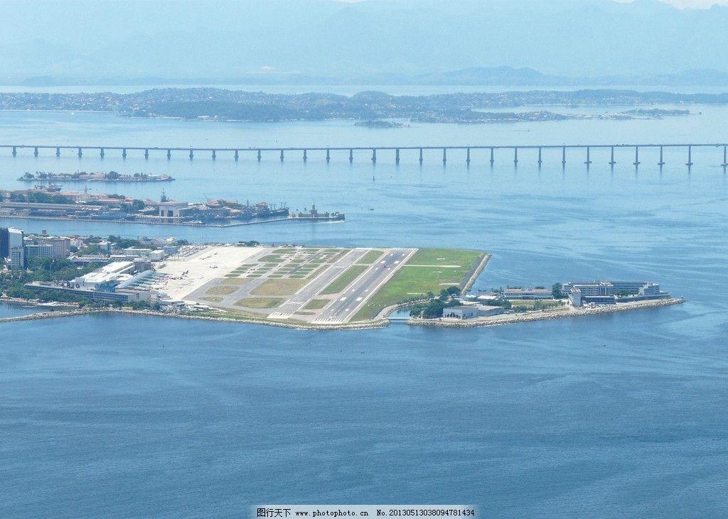 海上飞机场 人工建筑 大海 蓝天 跨海大桥 跑道 飞机场 交通工具 现代