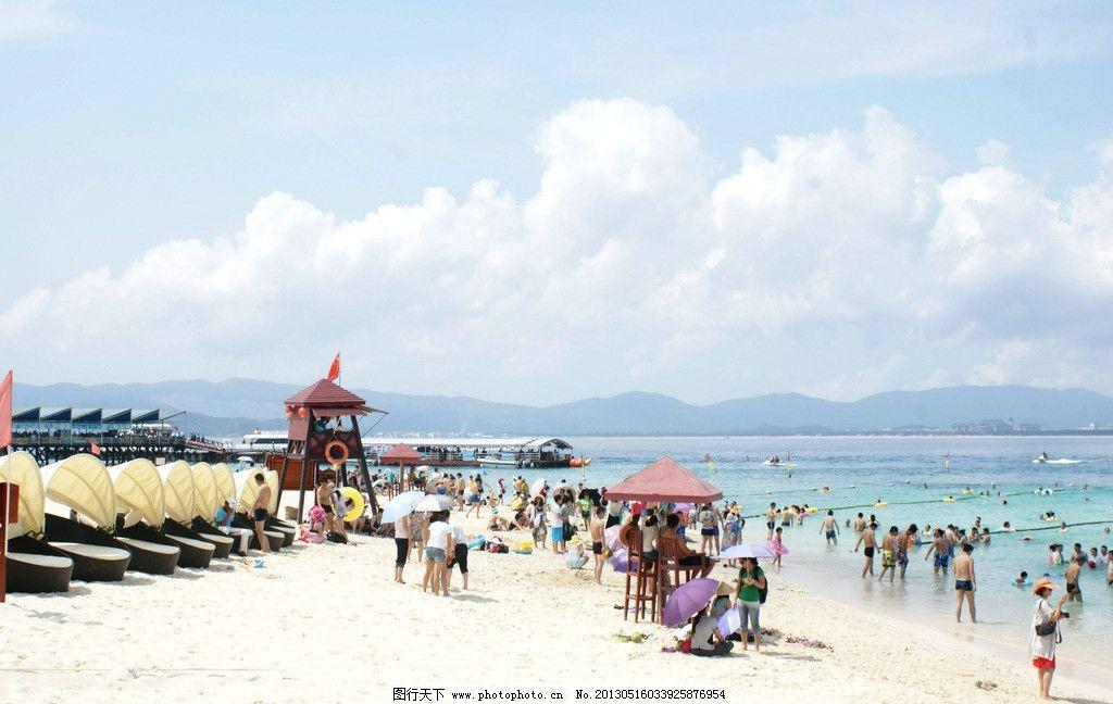 三亚海边 蓝天白云 沙滩 站台 大海 海边游玩 海边游泳 国内旅游 旅游