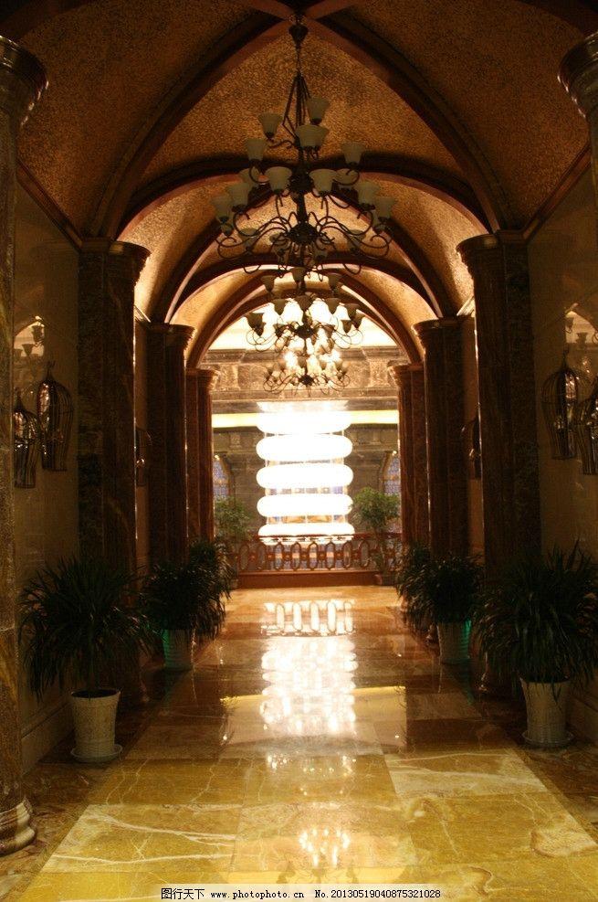 视觉图片 吊灯 拱门 金色 金贵 欧式风情 图片素材 其他 摄影 72dpi
