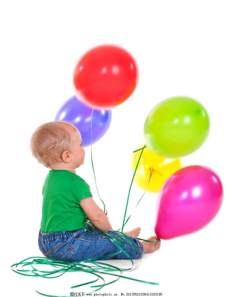 彩色气球和小孩图片