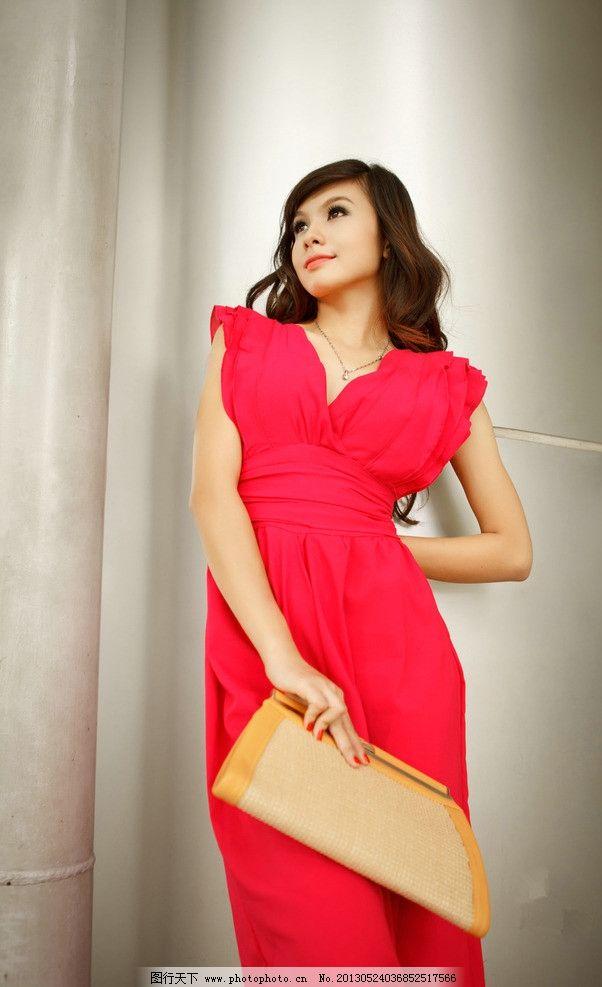 红裙美女 气质美女 性感美女 端庄优雅 可爱美女 长发美女 高清美女