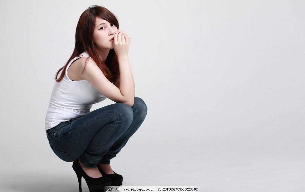 牛仔裤美女 气质美女 清纯美女 性感美女 夏季服装 高挑美女 高清美女