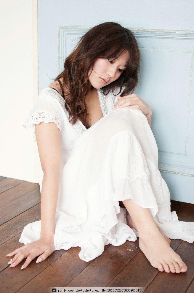 时尚美女连衣裙 气质美女 白色连衣裙 礼服 清纯美女 可爱美女 高挑