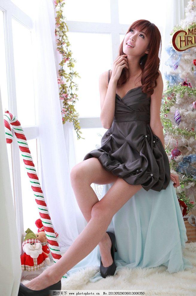 黑色连衣裙美女 气质美女 清纯美女 小清新 可爱美女 圣诞树 高清美女