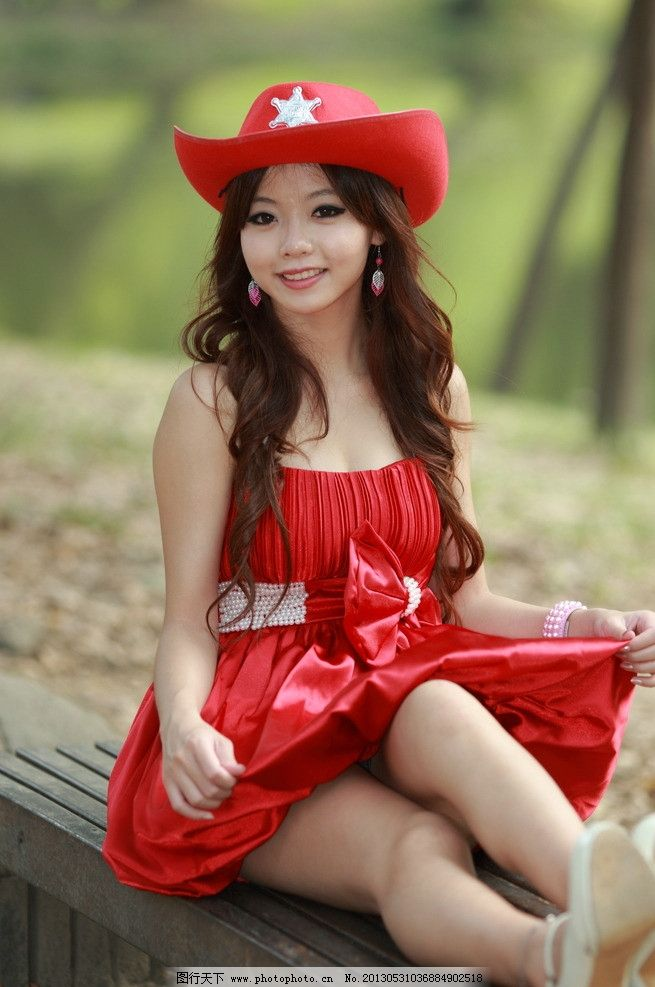 时尚美女连衣裙 气质美女 清纯美女 红色连衣裙 帽子 可爱美女 高挑白