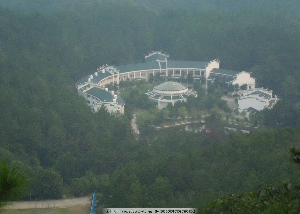 山中别墅 道路 花园 水池 木兰古门 国内旅游 旅游摄影 摄影