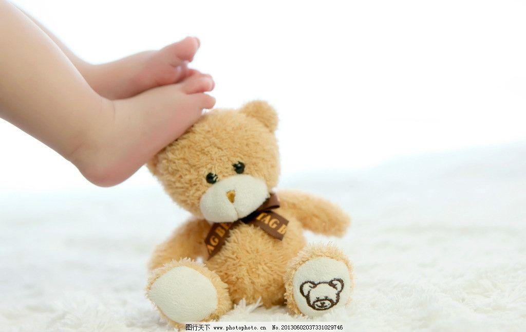 小熊 孕妇 产科 产妇 怀孕 大肚子 黑色 女性女人 宝宝 可爱 孕妇照