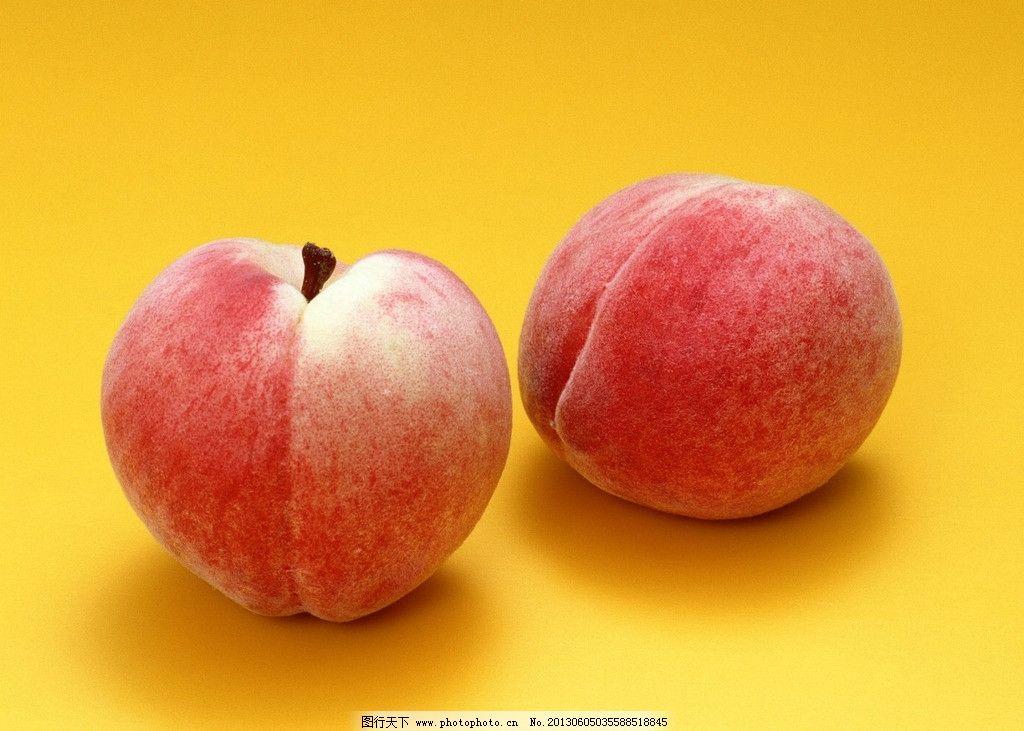 可爱的桃子 两个 桃子 可爱 粉红色 恋爱的季节 水果 生物世界 摄影