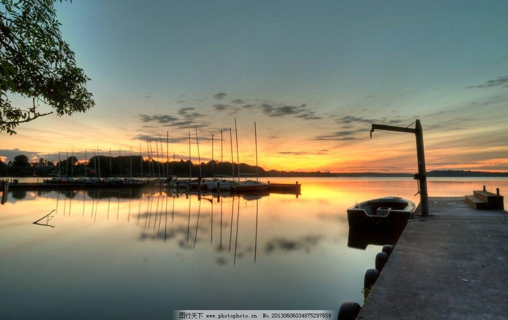 黄昏小船 日落 风景 傍晚 小河 湖泊 晚霞 自然风景 自然景观