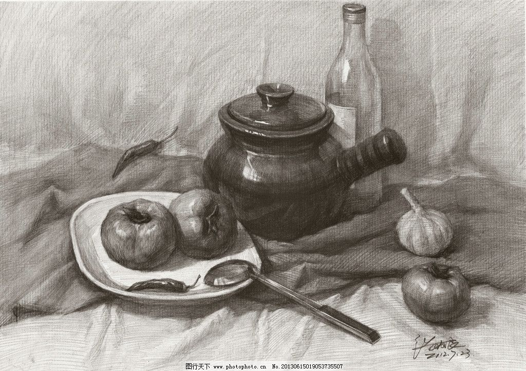 张友良素描静物 张友良作品 素描作品 西红柿 酒瓶 大蒜 陶罐 素描