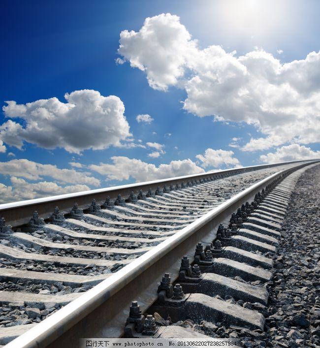 铁轨 铁路 铁路 火车路 蓝天白云 交通 铁轨 图片素材 现代科技