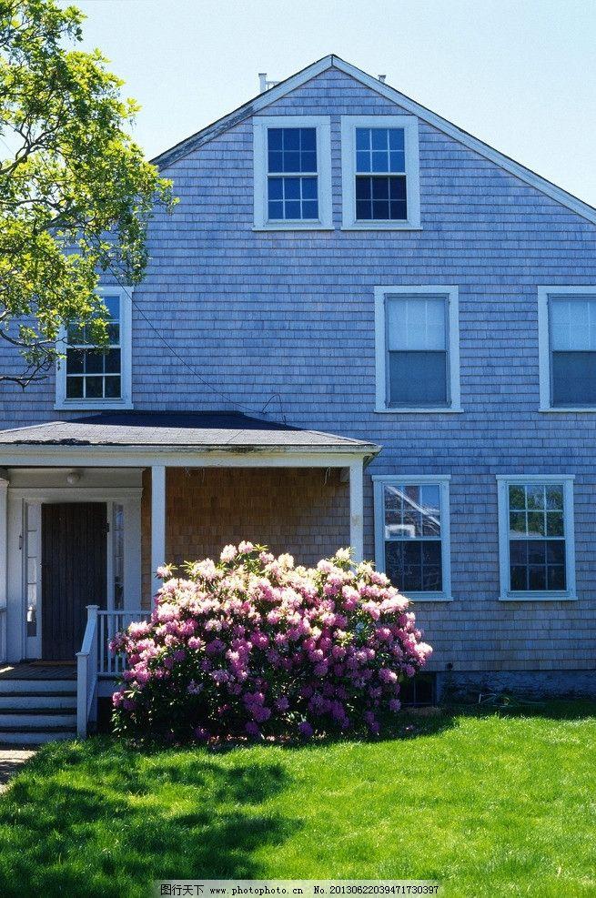 国外 鲜花 绿化 草坪 树木 欧式 窗户 屋顶 天空 楼梯      门窗 阁楼