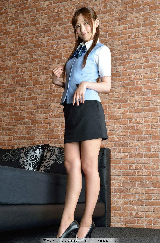 气质美女 职业装 白衬衫