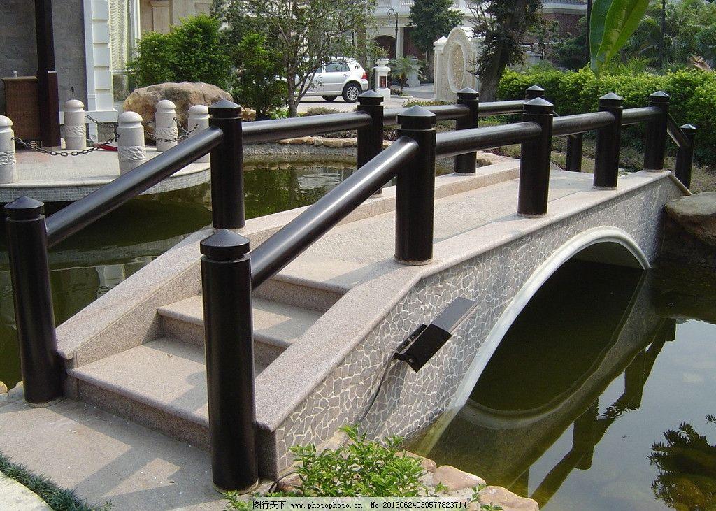 别墅园林 木桥 别墅 园林 庭院 水景 园林建筑 建筑园林 摄影 72dpi j