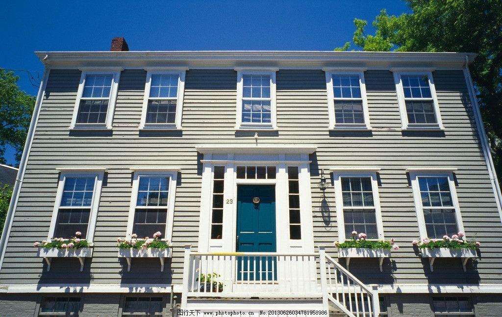 房屋素材 建筑 屋顶 天空 蓝天 窗户 门窗 玻璃 欧式 国外图片