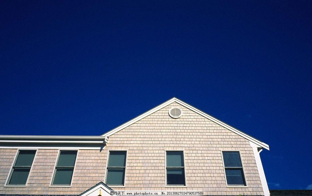 房屋素材图片 房屋 建筑 房子 窗户 门窗 欧式 国外 屋檐 天空 蓝天