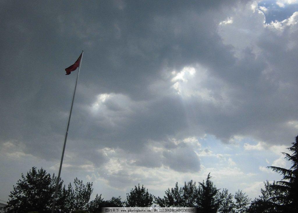 暴风雨 曙光图片_自然风景_自然景观_图行天下图库